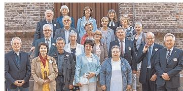 Goldene Konfirmation in Hohenfelde: 19 Jubilare genossen einen abwechslungsreichen Tag mit Gottesdienst, Dorfspaziergang und Klönschnack. Foto: Wittmaack